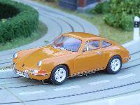 porsche 911 4424 orange small
