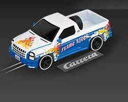 61187 FLAMED PICKUP WHITE
