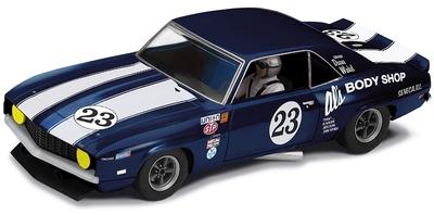 C3532 scalextric camaro Al's garage